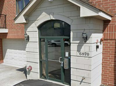 6870 W WINDING TRL UNIT 403, Oak Forest, IL 60452 - Photo 1