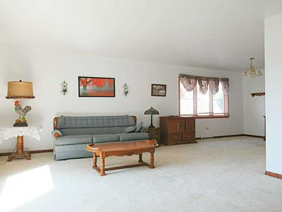 17033 DOBSON AVE, South Holland, IL 60473 - Photo 2