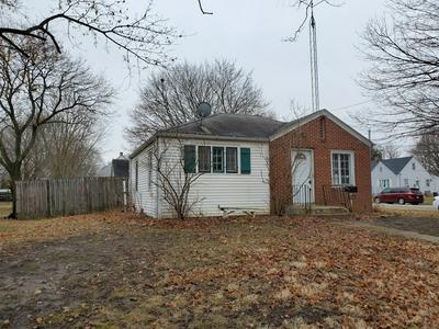 724 ALLEN ST, BELVIDERE, IL 61008 - Photo 2