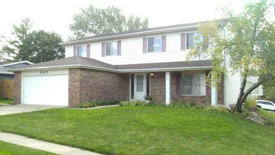2425 PHEASANT ST, Woodridge, IL 60517 - Photo 2