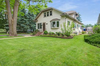 50 W THORNDALE AVE, Roselle, IL 60172 - Photo 1