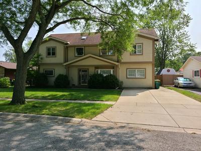623 WILLOW LN, Elk Grove Village, IL 60007 - Photo 1