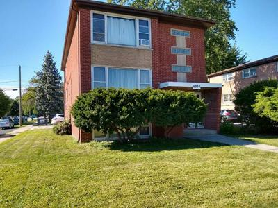 6835 W 79TH ST # 2, Burbank, IL 60459 - Photo 2