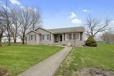 405 E YATES ST, NEWMAN, IL 61942 - Photo 1