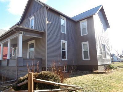 313 W PENN ST, Hoopeston, IL 60942 - Photo 2