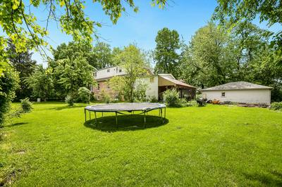 4006 FAIRVIEW AVE, Downers Grove, IL 60515 - Photo 2