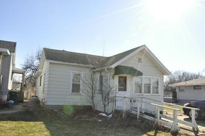705 LUNDY ST, STREATOR, IL 61364 - Photo 2