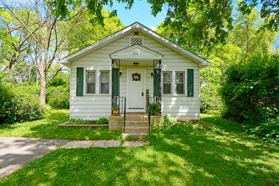 1118 ADAMS AVE, Wauconda, IL 60084 - Photo 1