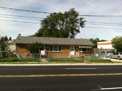 404 N FARNSWORTH AVE, Aurora, IL 60505 - Photo 1