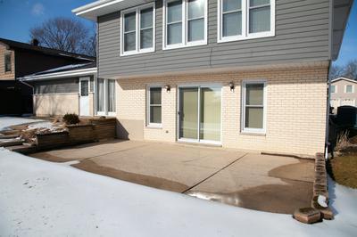 1265 BLAIR LN, Hoffman Estates, IL 60169 - Photo 2