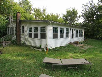 32665 S WEST RIVER RD, Wilmington, IL 60481 - Photo 2
