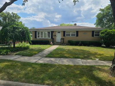 717 W RONALD DR, Addison, IL 60101 - Photo 1