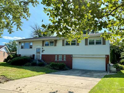 9013 W 92ND ST, Hickory Hills, IL 60457 - Photo 1