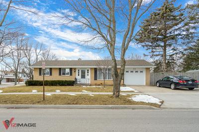 913 READ ST, LOCKPORT, IL 60441 - Photo 1