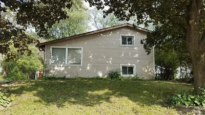 1629 SACRAMENTO DR, Carpentersville, IL 60110 - Photo 2