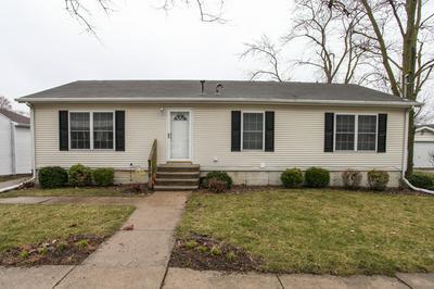 109 E 2ND ST, Gridley, IL 61744 - Photo 1