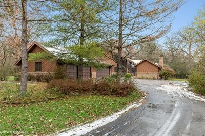 6 WOODED LN, HAWTHORN WOODS, IL 60047 - Photo 1