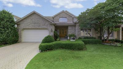 3076 ROSEBROOK CIR, Westchester, IL 60154 - Photo 1