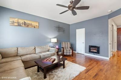 617 TALCOTT AVE, LEMONT, IL 60439 - Photo 2