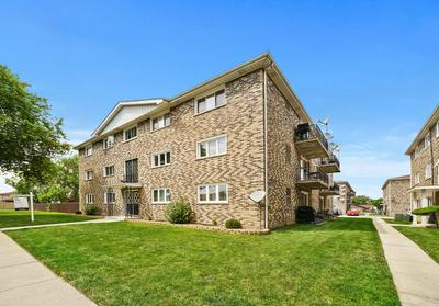 5852 W 77TH ST UNIT 102, Burbank, IL 60459 - Photo 1
