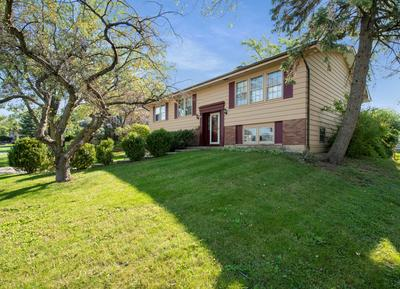 1115 ENGLEWOOD RD, Hoffman Estates, IL 60169 - Photo 2