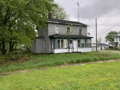 200 EMMETT ST, Kinsman, IL 60437 - Photo 2