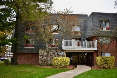 912 RIDGE SQ APT 118, Elk Grove Village, IL 60007 - Photo 1