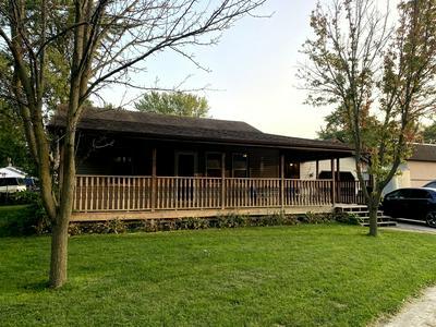 402 DANIELS ST, Wilmington, IL 60481 - Photo 1