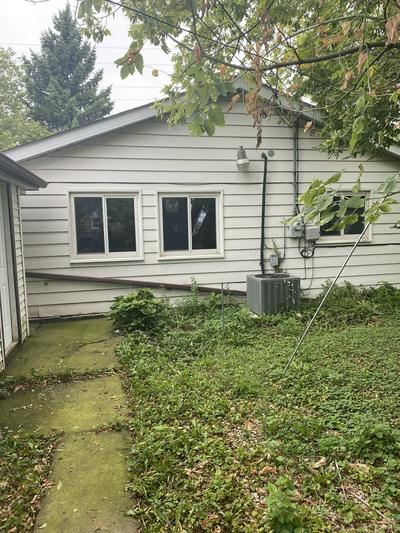 17019 CHICAGO AVE, Lansing, IL 60438 - Photo 2