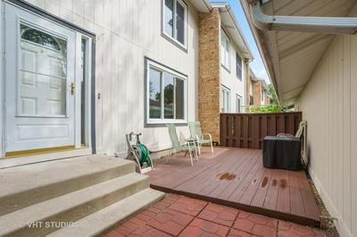 212 SPRING CT, Bloomingdale, IL 60108 - Photo 2