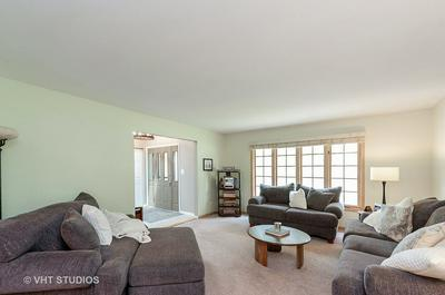 75 ERIN DR, Cary, IL 60013 - Photo 2
