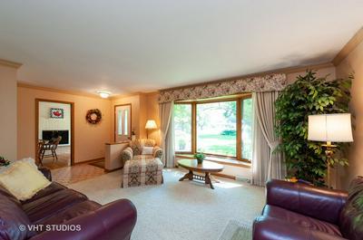 749 N SHARON DR, Woodstock, IL 60098 - Photo 2