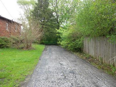 18559 KEDZIE AVE, Homewood, IL 60430 - Photo 2