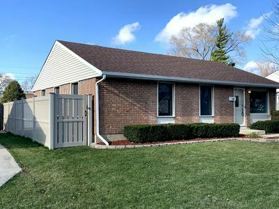 744 HILLCREST DR, Romeoville, IL 60446 - Photo 2