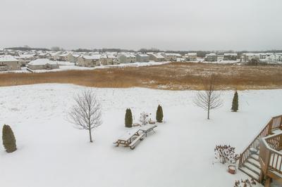 885 LEEWARD LN, PINGREE GROVE, IL 60140 - Photo 2