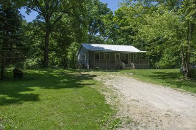 19527 SPRING VALLEY RD, Chadwick, IL 61014 - Photo 2