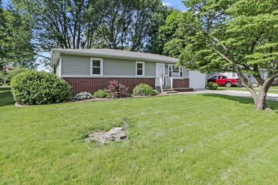819 TIMMONS DR, Tuscola, IL 61953 - Photo 1