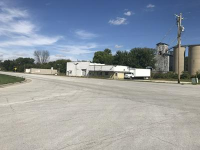 101 N STATE ROUTE 47 HIGHWAY, Sibley, IL 61773 - Photo 1