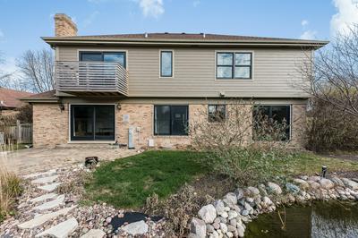 8224 KATHRYN CT, Burr Ridge, IL 60527 - Photo 2
