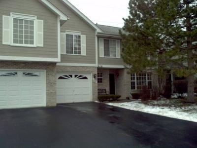 512 W JASON LN, Wood Dale, IL 60191 - Photo 1