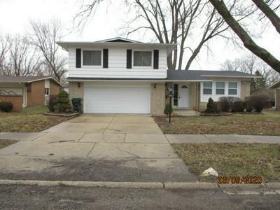 419 N ARIZONA AVE, Glenwood, IL 60425 - Photo 1