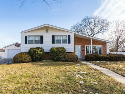 1065 S NORBURY AVE, LOMBARD, IL 60148 - Photo 1