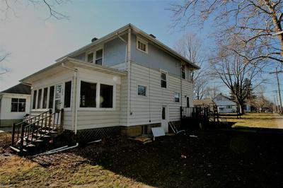 300 S WHITE ST, Mackinaw, IL 61755 - Photo 2