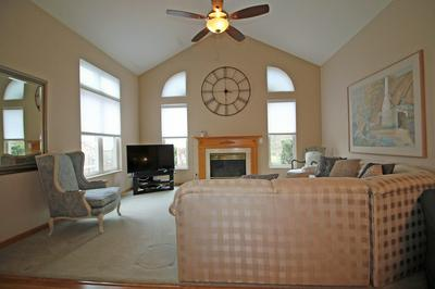 158 CANTERBURY CT # 158, Bloomingdale, IL 60108 - Photo 2