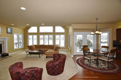 765 WATERSIDE DR, SOUTH ELGIN, IL 60177 - Photo 2