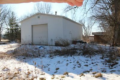 33620 W RIVER RD, WILMINGTON, IL 60481 - Photo 2