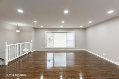 16055 WOODLAWN EAST AVE, South Holland, IL 60473 - Photo 2