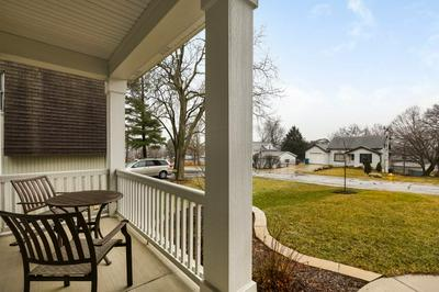 4933 ROSE AVE, DOWNERS GROVE, IL 60515 - Photo 2