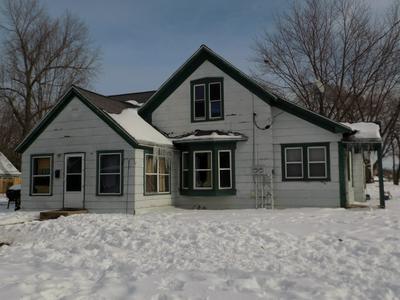103 E WARREN ST, Rockton, IL 61072 - Photo 1