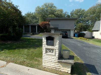 30 CARRIAGE TRL, Palos Heights, IL 60463 - Photo 1